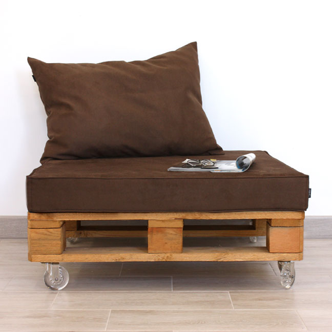 Mueble con palet de madera y antelina 80x80 - Muebles con palet de madera ...