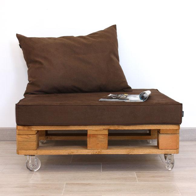 Mueble con palet de madera y antelina 80x80 for Muebles jardin madera palet